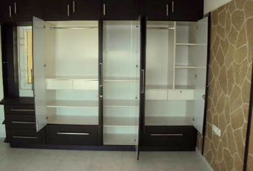 Wardrobe-Furniture-in-Bangalore